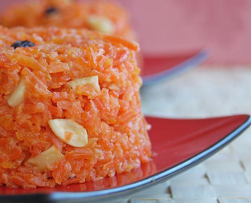 Ricette esotiche dolce indiano di carote uvetta e for Ricette esotiche
